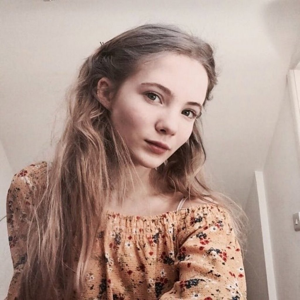 Фрейя Аллан (Freya Allan)