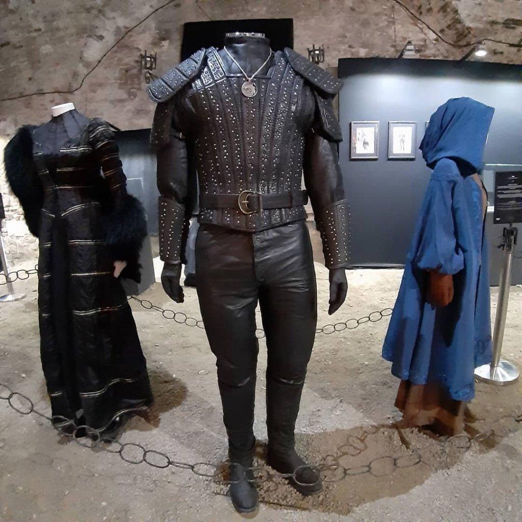 """Выставка костюмов из сериала """"Ведьмак"""""""