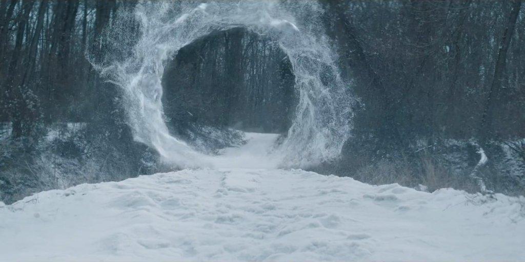 """Портал Йеннифер. Сцена из сериала """"Ведьмак""""."""