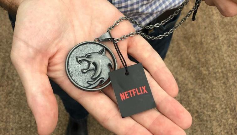 """Оригинальный медальон Геральта от """"Netflix"""""""