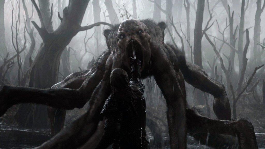 Геральт убивает Кикимору серебряным мечом