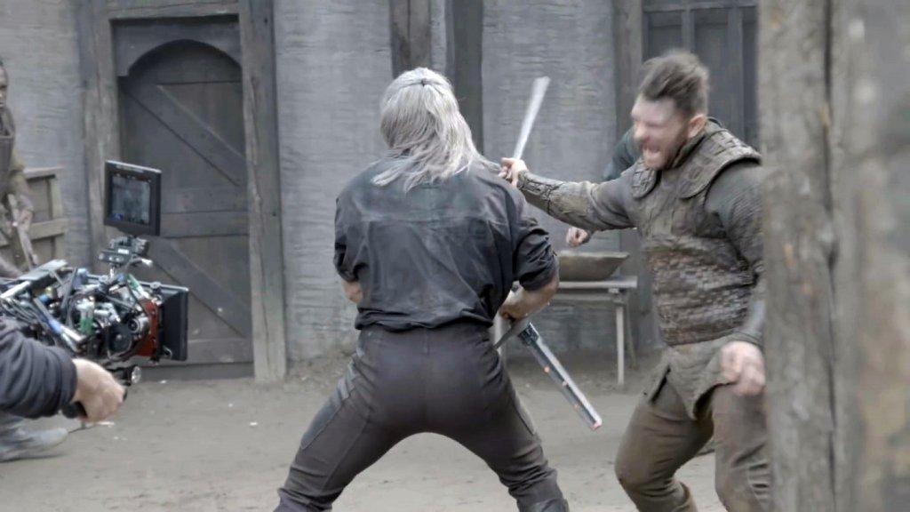 За кадром. Использование обрезанных мечей.