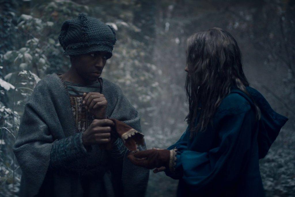 Цири отдает Даре свою перчатку